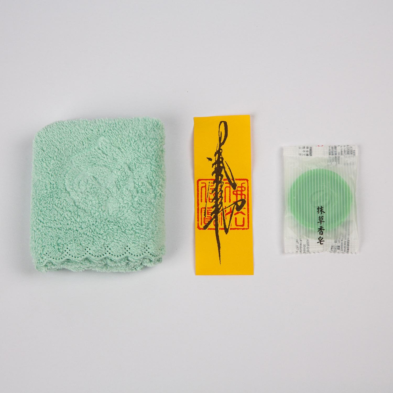 珊瑚絨 小方巾